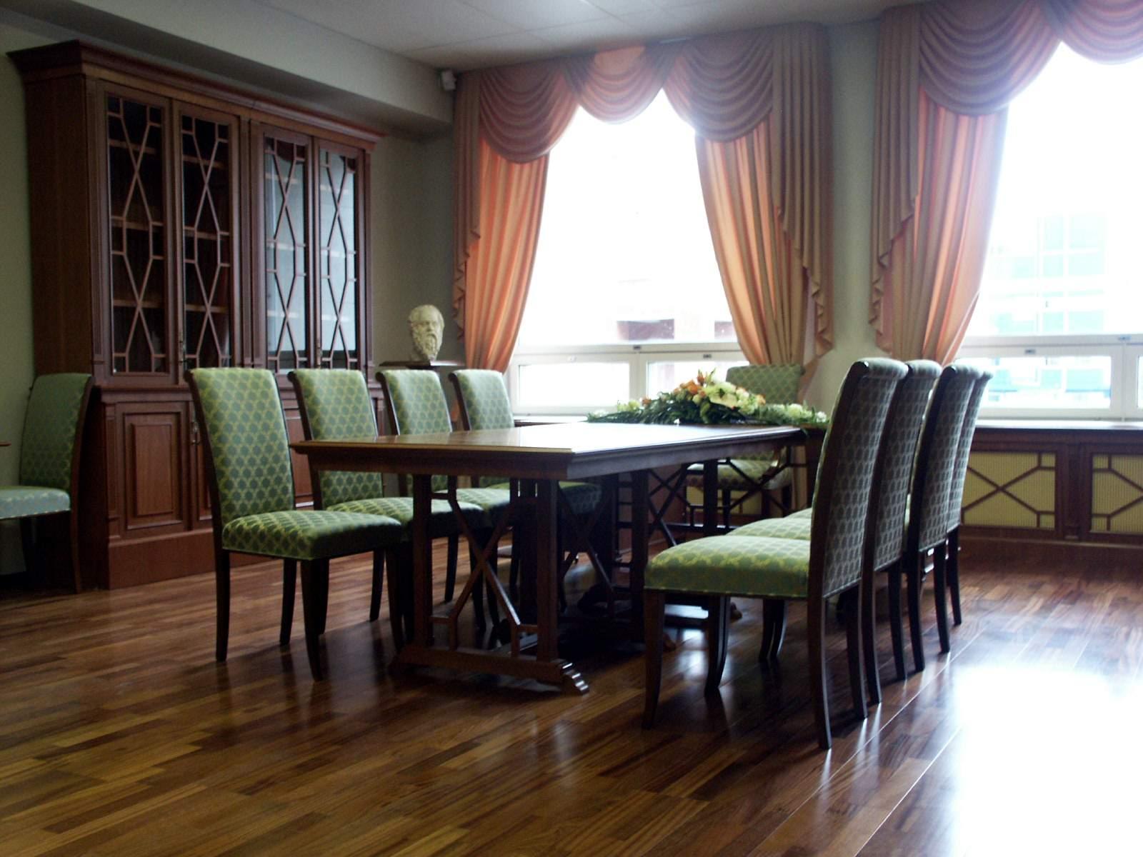 Изготовление мебели для кабинета